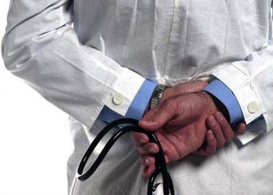 Nusabali.com - dokter-gadungan-rsup-sanglah-diringkus
