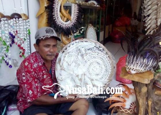 Nusabali.com - kunjungan-wisman-ramai-bisnis-souvenir-bergairah