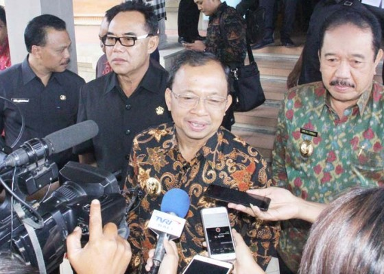 Nusabali.com - gubernur-sebut-lebih-sehat-postur-apbd-perubahan-2018