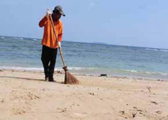 Nusabali.com - pelaku-pariwisata-bali-akan-bersih-bersih-pantai