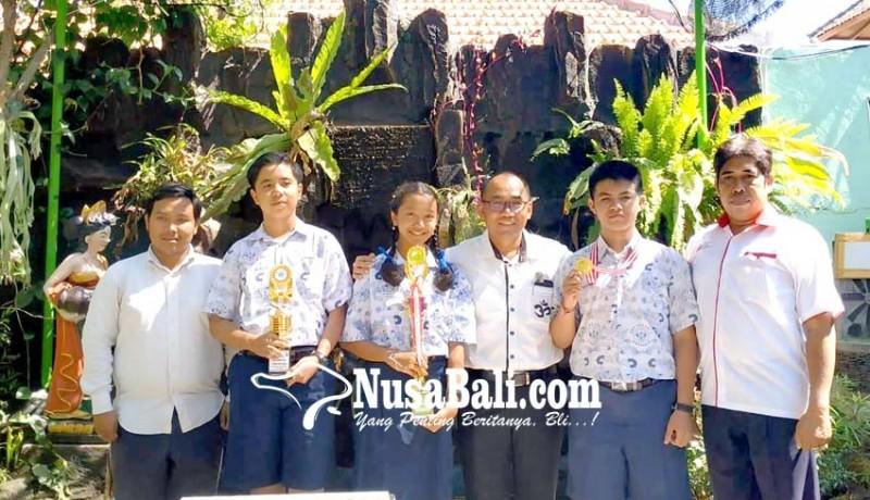 www.nusabali.com-anak-petani-raih-medali-emas-olimpiade-matematika