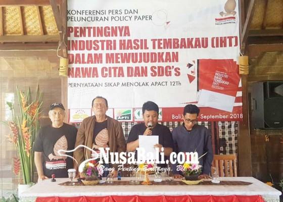 Nusabali.com - komunitas-kretek-dan-petani-tembakau-inginkan-advokasi