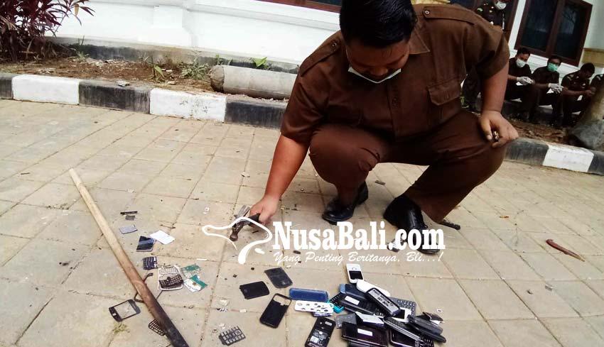 www.nusabali.com-mesin-dingdong-dan-hp-android-menghilang