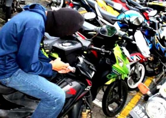 Nusabali.com - tuntun-motor-curian-saat-mabuk-buruh-dibekuk