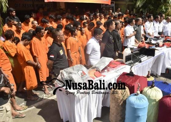 Nusabali.com - 70-hari-172-orang-ditangkap-33-ditembak