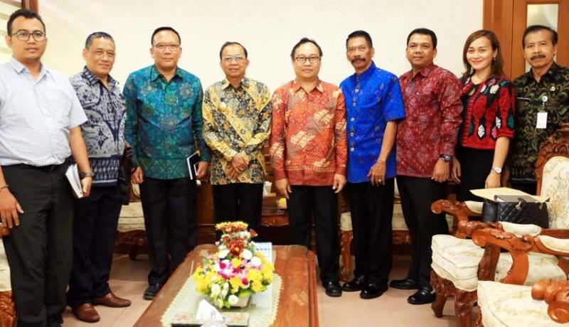 www.nusabali.com-gubernur-minta-unhi-desain-pendidikan-cetak-sdm-unggul