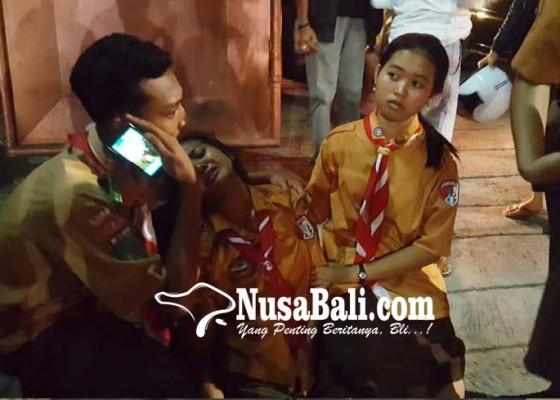 Nusabali.com - siswa-smkn-2-singaraja-karauhan-masal