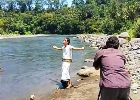 Nusabali.com - margi-rilis-single-karma-phala