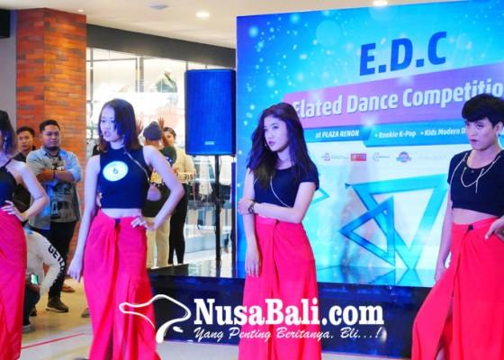 Nusabali.com - plaza-renon-wadahi-kreativitas-anak-muda-melalui-lomba-modern-dan-k-pop-dance