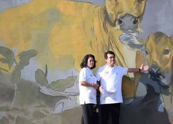 Nusabali.com - tembok-pasar-mentigi-dilukis-mural