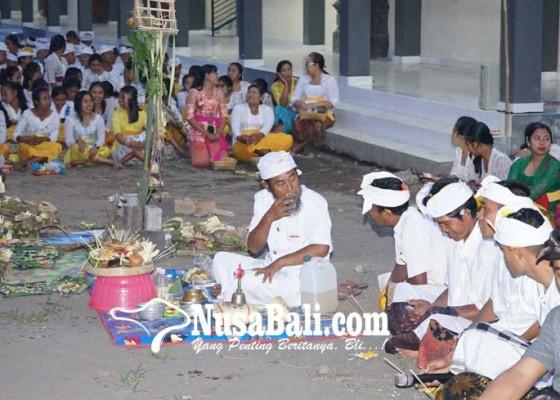 Nusabali.com - slua-saraswati-selat-gelar-guru-piduka