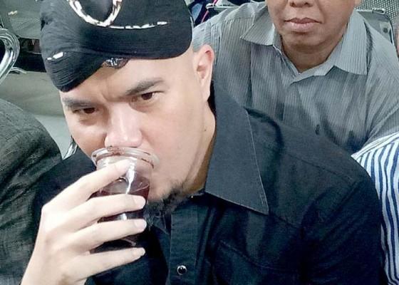 Nusabali.com - terjerat-utang-ahmad-dhani-dipolisikan