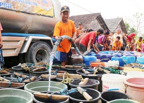 Nusabali.com - antre-air-bersih
