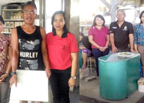 Nusabali.com - universitas-mahasaraswati-kembangkan-produksi-kerajinan-keramik-di-pejaten