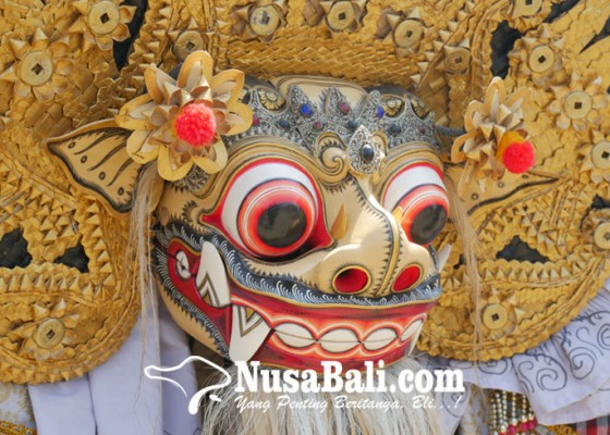 Nusabali.com - ada-celuluk-dan-barong-begini-kemeriahan-festival-pesona-lokal-bali