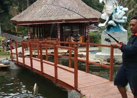 Nusabali.com - desa-paksebali-kembangkan-kolam-pancing