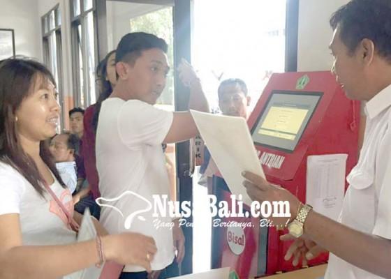 Nusabali.com - permintaan-cetak-membeludak-tinta-khusus-ktp-terbatas