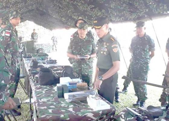 Nusabali.com - tim-mabesad-cek-kesiapan-satgas-pengamanan-perbatasan-di-yonif-741gn