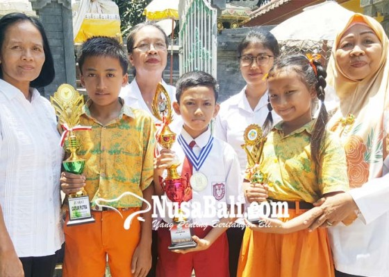 Nusabali.com - siswa-sdn-1-banyuasri-sabet-juara-i-wiscom-provinsi