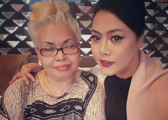 Nusabali.com - ibunda-bupati-tabanan-berpulang-karena-stroke