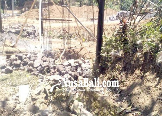 Nusabali.com - pembangunan-spbu-di-sidembunut-dituding-caplok-fasum
