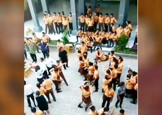 Nusabali.com - dua-hari-berturut-turut-siswa-smk-kerauhan