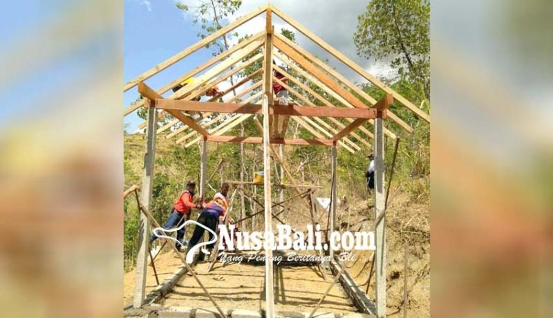 www.nusabali.com-pasebaya-bangun-rumah-penakluk-gunung-agung
