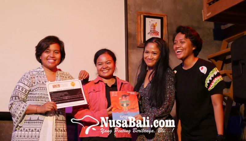 www.nusabali.com-peserta-bebas-ungkapkan-apa-saja-lewat-puisi-di-unspoken-bali-poetry-slam