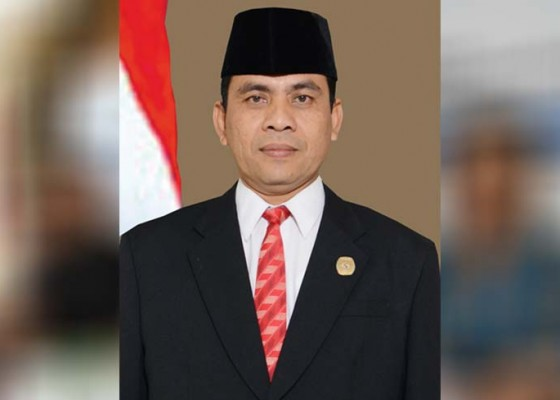 Nusabali.com - terkait-baliho-nama-plh-ketua-kpu-jembrana-dicatut