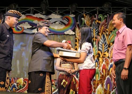 Nusabali.com - selemadeg-luncurkan-i-have-a-dream-di-perayaan-tabanan-fiesta-2