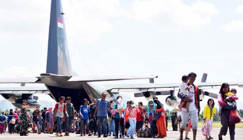www.nusabali.com-kedatangan-korban-gempa-palu