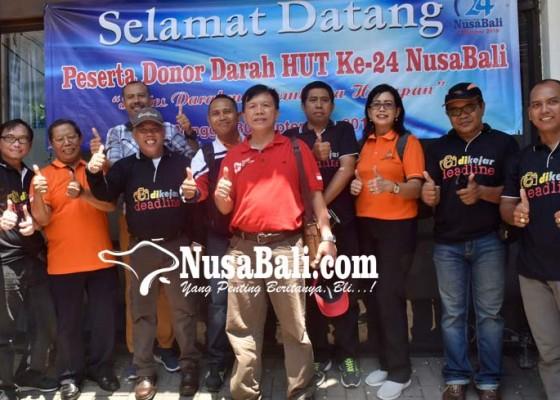 Nusabali.com - siaga-24-jam-tetap-sempatkan-buka-praktek-dokter