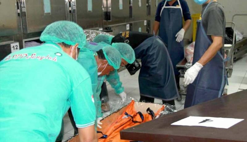 www.nusabali.com-rsup-sanglah-kremasi-21-jenazah-terlantar