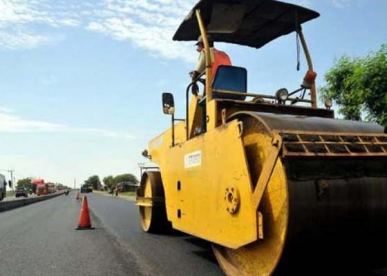Nusabali.com - pupr-fokus-perbaikan-jalan-rusak-13-kilometer