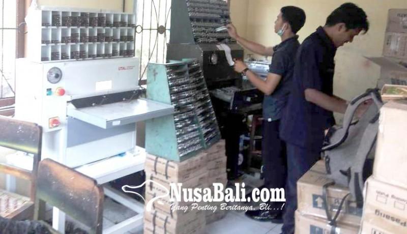 www.nusabali.com-mesin-cetak-plat-kendaraan-rusak