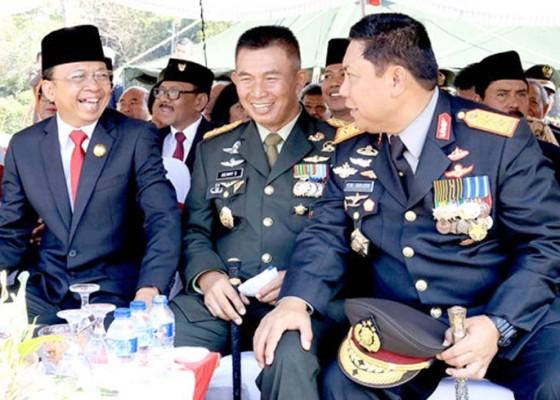 Nusabali.com - gubernur-ajak-tni-bersinergi-jaga-bali