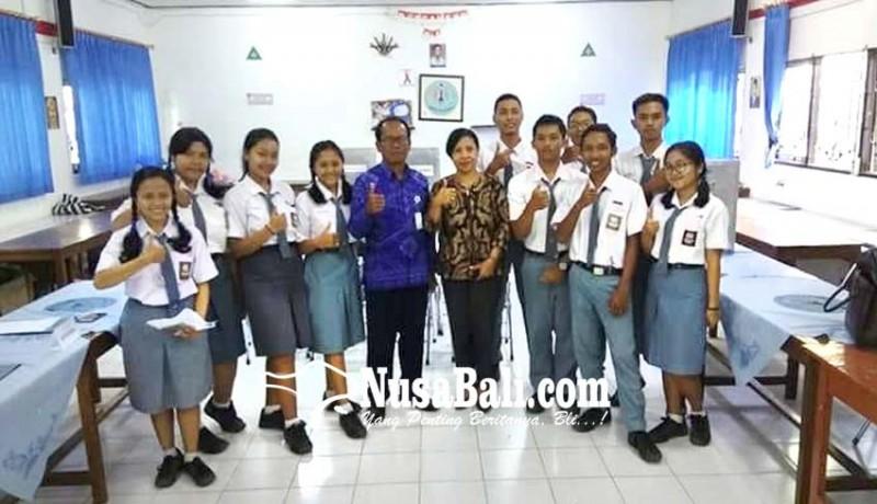 www.nusabali.com-adopsi-pemilu-blasman-pilih-ketua-osis