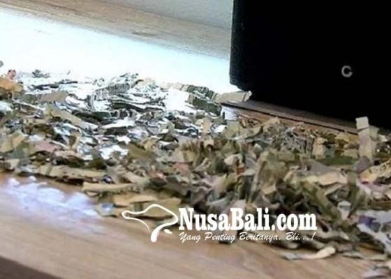 Nusabali.com - balita-hancurkan-uang-rp-16-juta