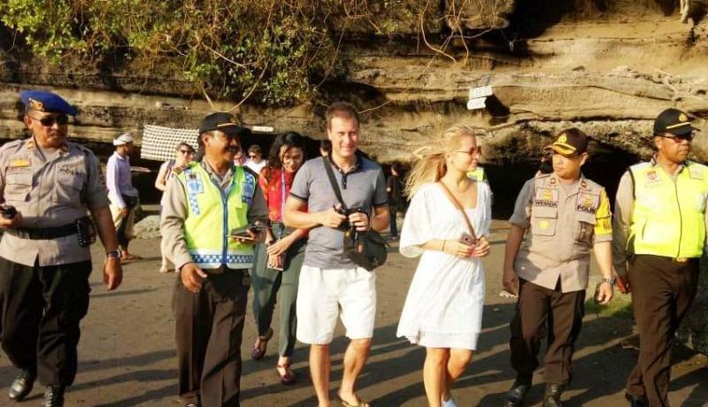 www.nusabali.com-delegasi-imf-kunjungi-tanah-lot