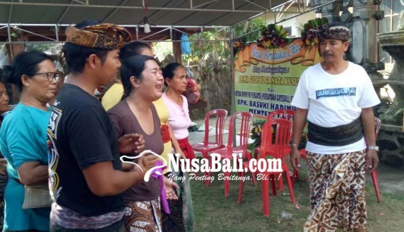 www.nusabali.com-abu-jenazah-atlet-disambut-isak-tangis