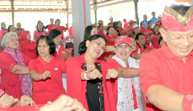 www.nusabali.com-ratusan-lansia-bergembira-bersama