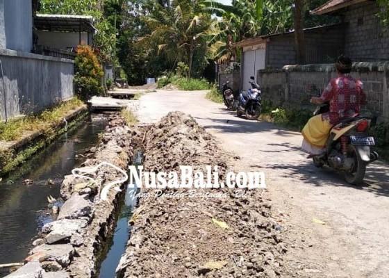 Nusabali.com - warga-keluhkan-proyek-limbah