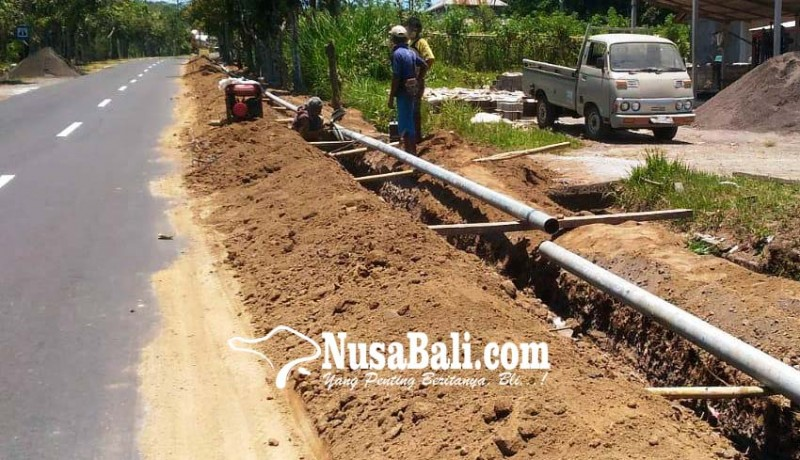 www.nusabali.com-pemasangan-pipa-di-palaktiying-diistirahatkan