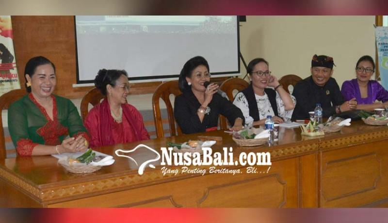 www.nusabali.com-perempuan-bukan-vas-bunga-di-ranah-politik