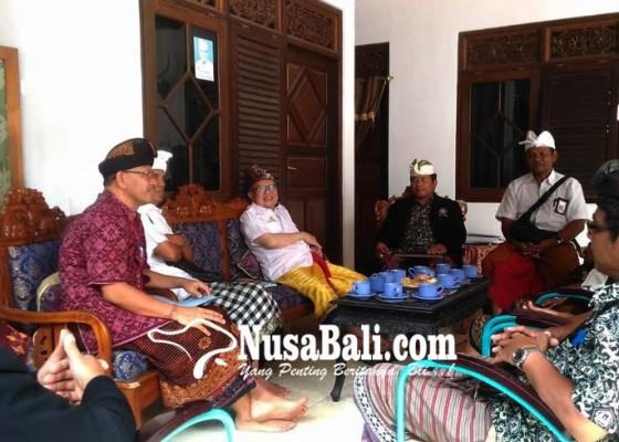 Nusabali.com - muncul-wacana-membangun-lpd-center