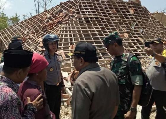 Nusabali.com - gempa-situbondo-dirasakan-22-kota-di-jatim