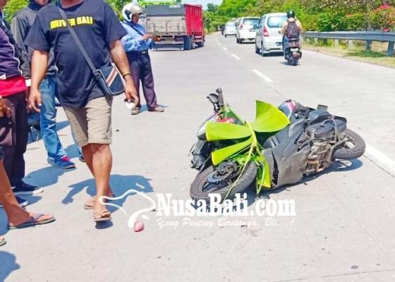 Nusabali.com - tabrak-pantat-truk-pemotor-tewas