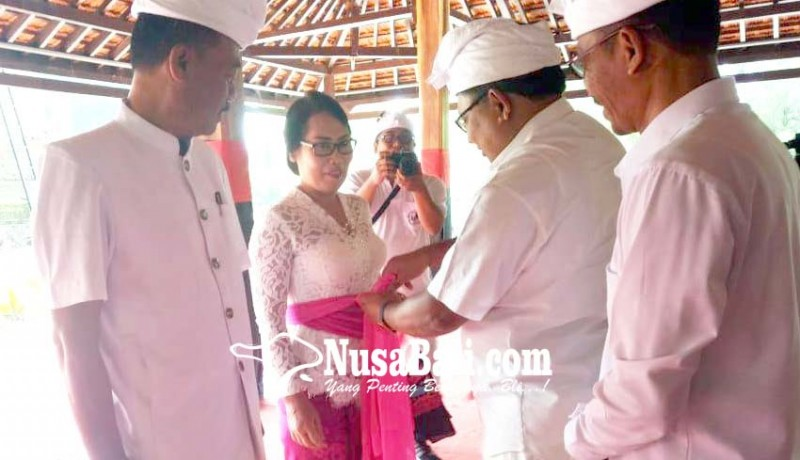 www.nusabali.com-launcing-mabusana-adat-bali-ditandai-pemasangan-udeng-dan-selendang