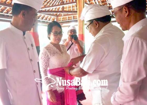 Nusabali.com - launcing-mabusana-adat-bali-ditandai-pemasangan-udeng-dan-selendang