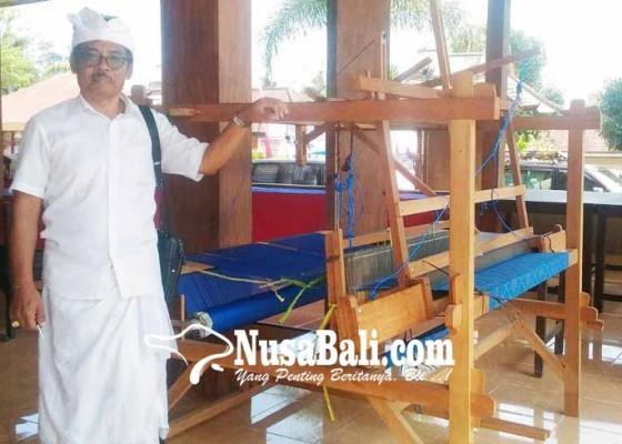 Nusabali.com - siswa-slb-bangli-unjuk-ketrampilan-menenun